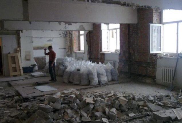 Демонтажные работы в офисе Киев цена